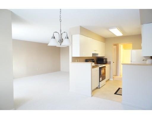 19 Beals Cove Rd D, Hingham, MA 02043