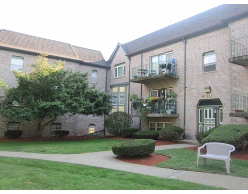 108  Oak Lane,  Brockton, MA
