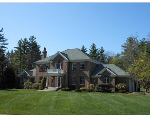 Single Family Home for Sale at 8 Baldwin Lane Hollis, New Hampshire 03049 United States