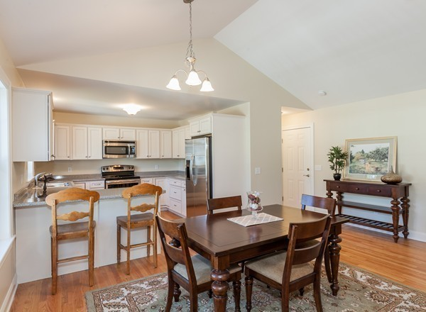 Photo #4 of Listing 78 Granville Road