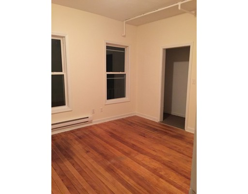 Rental Homes for Rent, ListingId:31984421, location: 94 Green Hill PKWY Worcester 01605