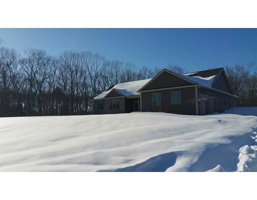 Частный односемейный дом для того Продажа на 12 Patricia Drive 12 Patricia Drive Seekonk, Массачусетс 02771 Соединенные Штаты