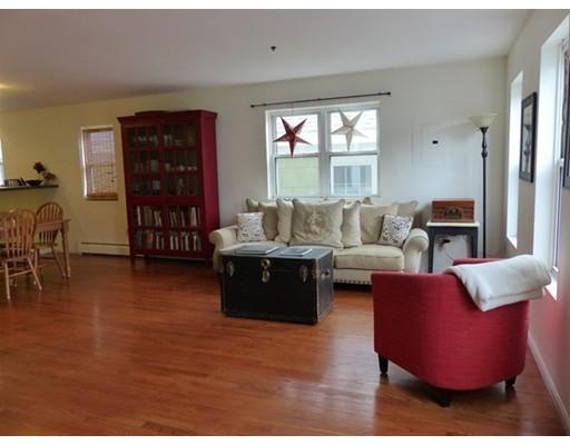 Real Estate for Sale, ListingId: 32366078, Amesbury,MA01913