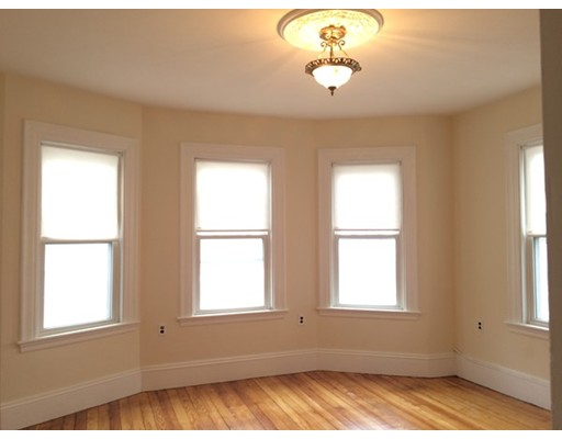 Property for sale at 211 Boylston St Unit: 2, Brookline,  MA  02445