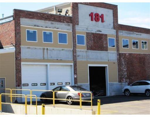 181 Old Colony Avenue B, Boston, MA 02127