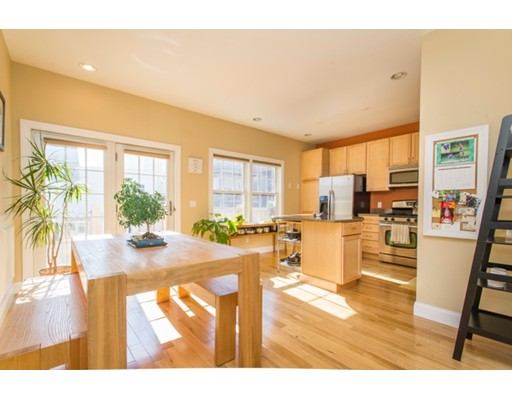 $575,000 - 3Br/3Ba -  for Sale in Boston