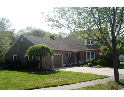Single Family Home for Sale at 125 Phillips Common North Andover, Massachusetts 01845 United States