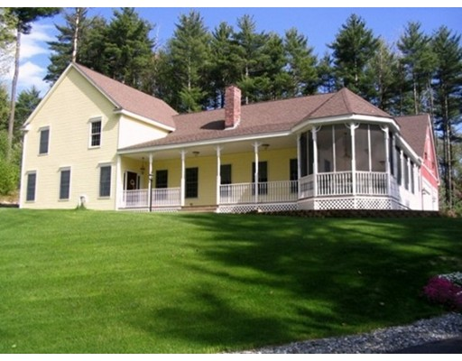 Single Family Home for Sale at 215 Pine Hill Road Hollis, New Hampshire 03049 United States