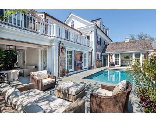 Single Family Home for Sale at 16 Simpsons Lane Edgartown, Massachusetts 02539 United States