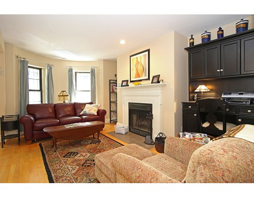 Additional photo for property listing at 211 W Newton Street 211 W Newton Street Boston, Massachusetts 02116 États-Unis