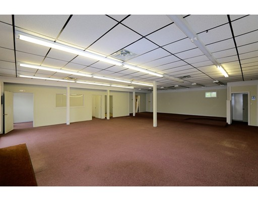 Commercial for Rent at 71 Main Street 71 Main Street Carver, Massachusetts 02330 United States