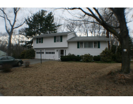 Single Family Home for Rent at 4 Nassau Dr #0 4 Nassau Dr #0 Winchester, Massachusetts 01890 United States