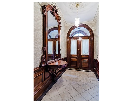 $4,900,000 - 7Br/8Ba -  for Sale in Boston