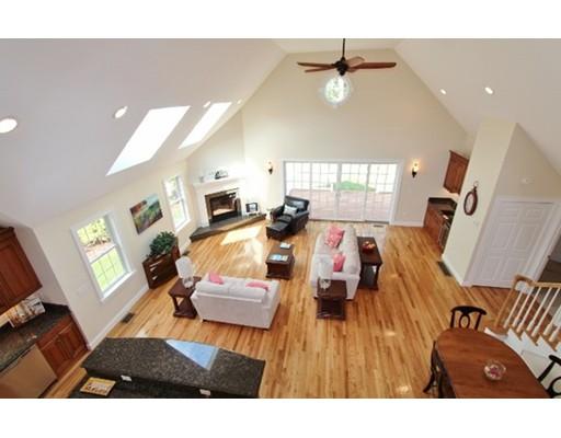 Real Estate for Sale, ListingId: 32901031, Hyannis,MA02601