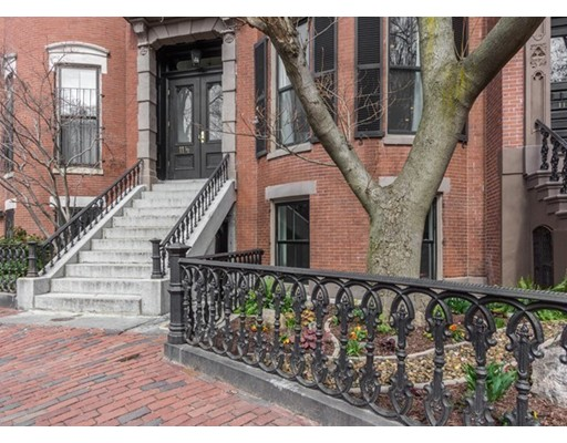 $1,850,000 - 3Br/2Ba -  for Sale in Boston