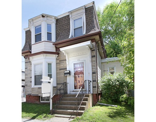 Luxury House for sale in 252 Pearl Cambridgeport, Cambridge, Middlesex