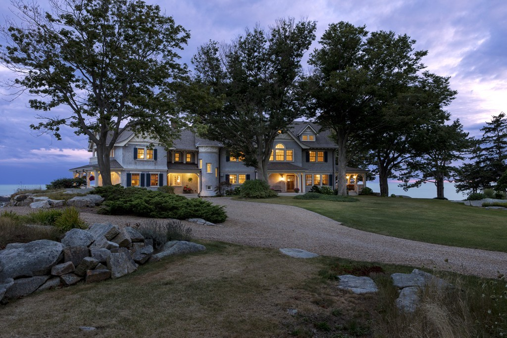 $9,800,000 - 4Br/6Ba -  for Sale in Coolidge Point, Manchester