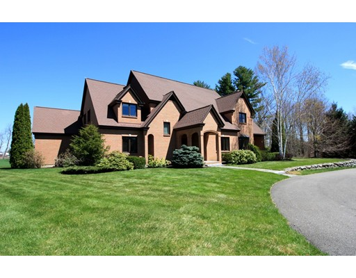 Single Family Home for Sale at 10 Richardson Road Hollis, New Hampshire 03049 United States