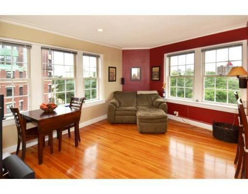 Property for sale at 534 Beacon St Unit: 604, Boston,  MA 02215