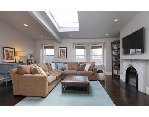 $1,600,000 - 3Br/3Ba -  for Sale in Boston