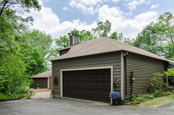 Photo #4 of Listing 99 Hines Rd