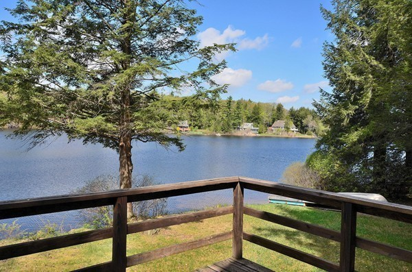 Photo #14 of Listing 79 Dwolfe Rd