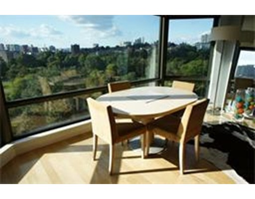 $1,700,000 - 2Br/2Ba -  for Sale in Boston