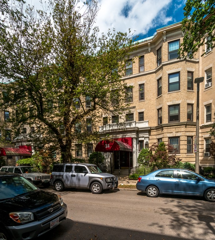 $599,000 - 2Br/2Ba -  for Sale in Boston