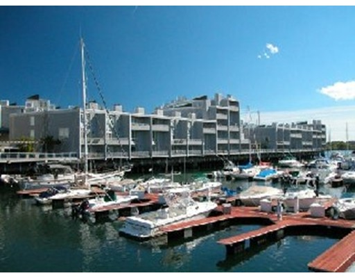 Luxury Condominium for sale in Constellation Wharf, 15 Waterfront, Boston, Suffolk
