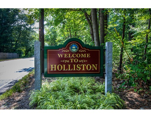 $959,900 - 4Br/4Ba -  for Sale in Holliston