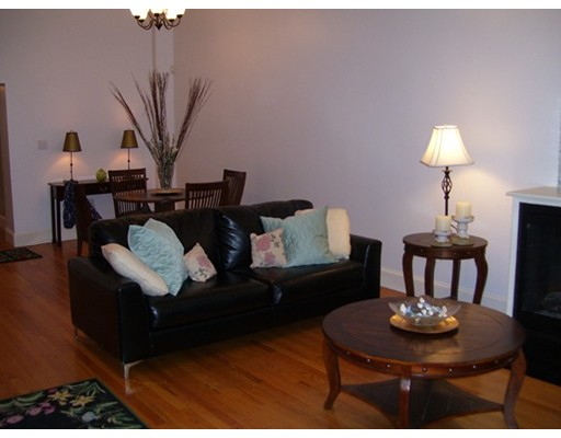 $1,700,000 - 2Br/3Ba -  for Sale in Boston