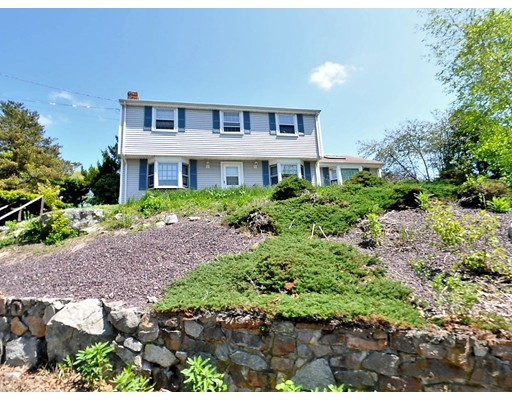 21  Connelly Cir,  Braintree, MA