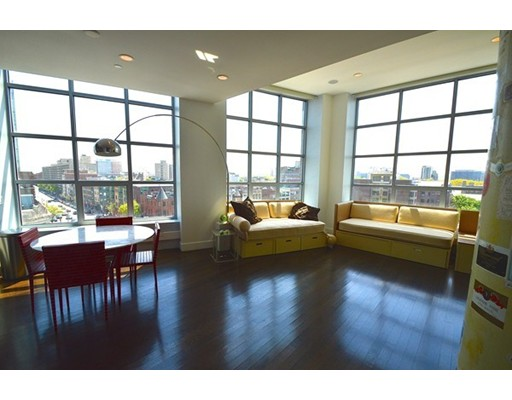$1,400,000 - 2Br/2Ba -  for Sale in Boston