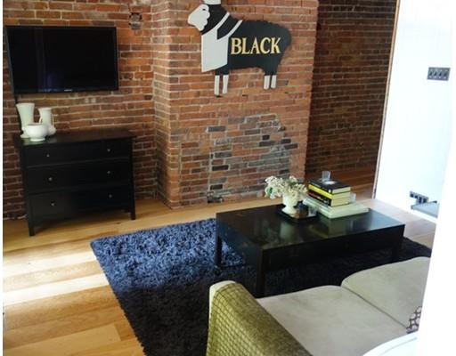 Additional photo for property listing at 1670 Washington 1670 Washington Boston, Massachusetts 02118 United States