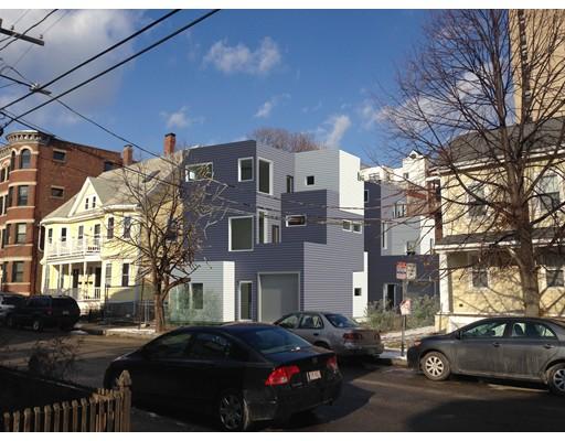 Luxury Condominium for sale in 163 Auburn Street Cambridgeport, Cambridge, Middlesex