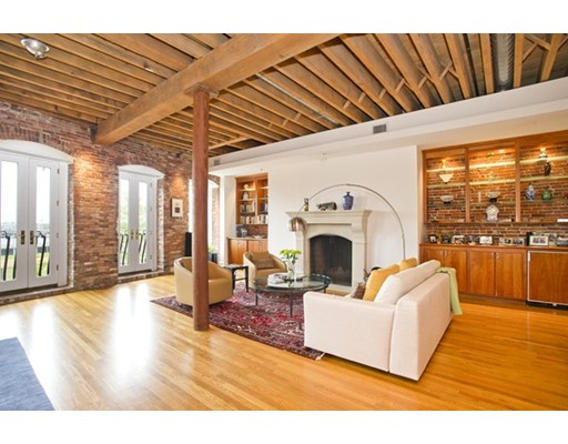 $2,299,000 - 2Br/2Ba -  for Sale in Boston