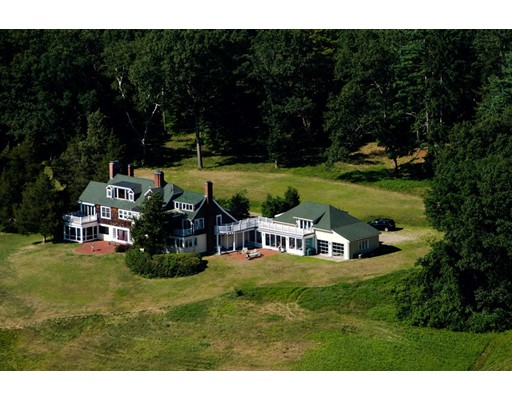 Single Family Home for Sale at 846 Sudbury Road Concord, Massachusetts 01742 United States