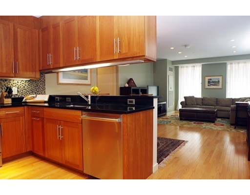 $959,000 - 2Br/2Ba -  for Sale in Boston