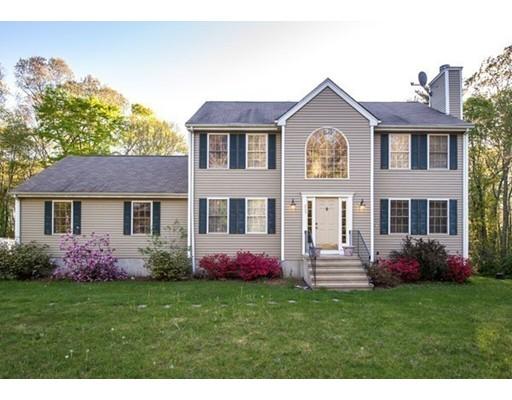 $453,000 - 4Br/3Ba -  for Sale in Holbrook