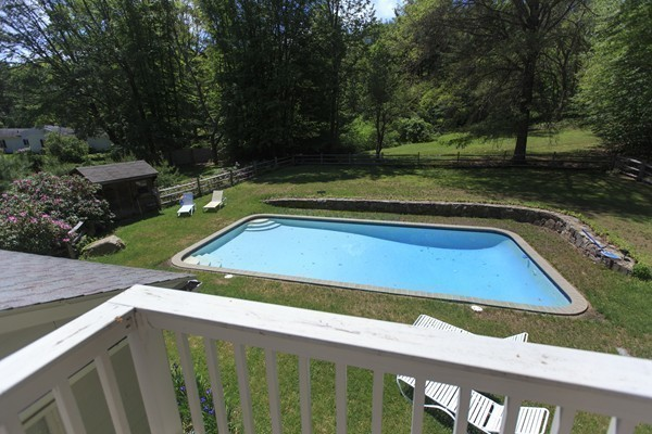 Photo #3 of Listing 756 Bay