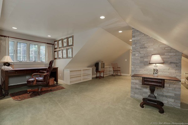 Photo #11 of Listing 756 Bay