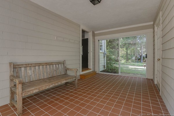 Photo #19 of Listing 756 Bay