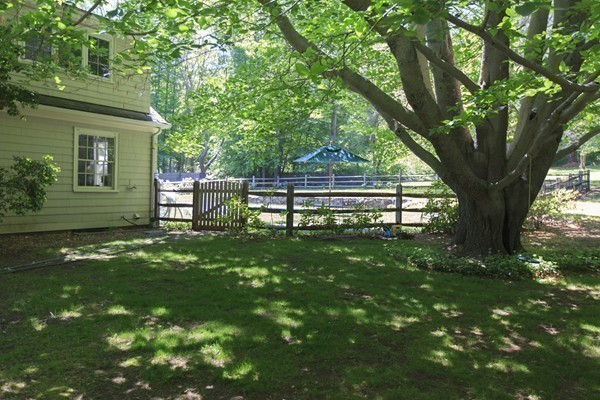 Photo #21 of Listing 756 Bay