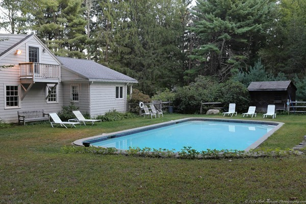 Photo #23 of Listing 756 Bay