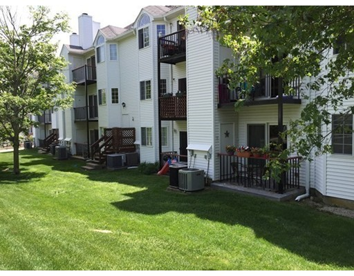 122 Tall Oaks Dr Unit K, Weymouth, MA 02190