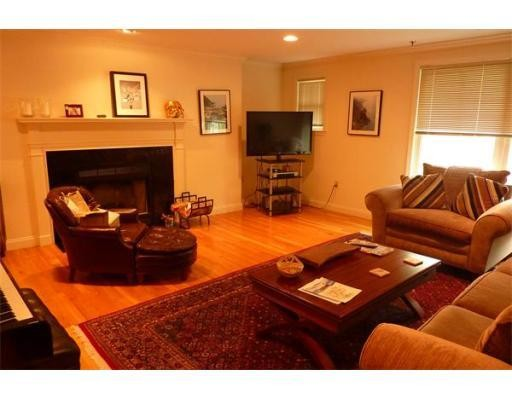 Additional photo for property listing at 257 Cypress Street 257 Cypress Street Brookline, Massachusetts 02445 Estados Unidos