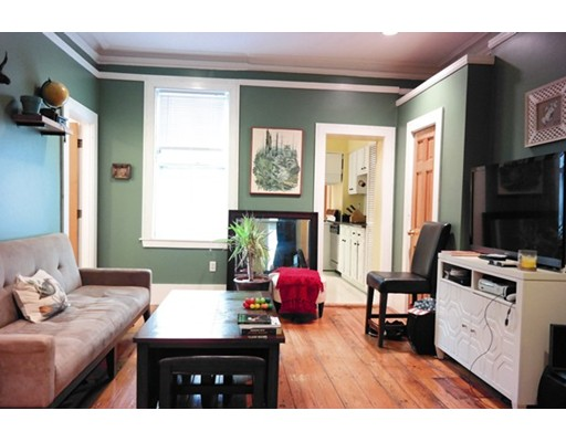 شقة للـ Rent في 26 Mystic Street 26 Mystic Street Boston, Massachusetts 02129 United States