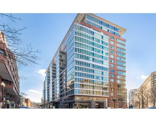 Luxury Condominium for sale in One Charles Condominium, 2A Back Bay, Boston, Suffolk