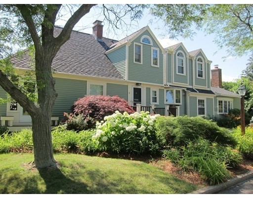 Casa Unifamiliar por un Venta en 4 Dean Road Rockport, Massachusetts 01966 Estados Unidos