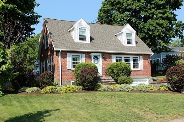 $719,900 - 4Br/2Ba -  for Sale in Crow Point, Hingham